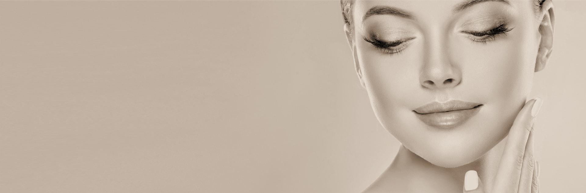 Doctor Charme utilizza la tecnologia della carbossiterapia mediante micro-iniezioni di CO2, una procedura anti-aging utile al ringiovanimento della pelle.